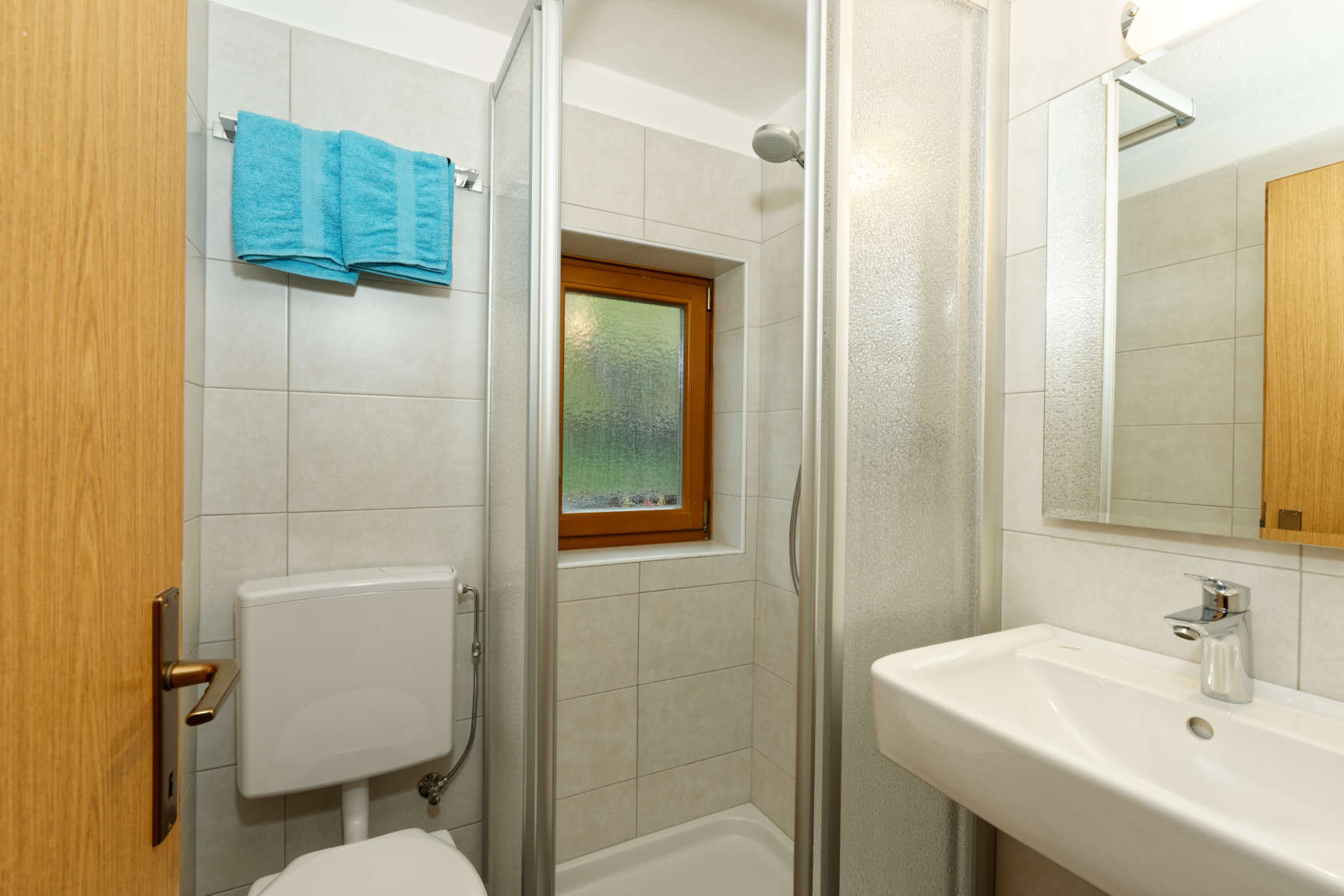 Badezimmer Mit Dusche 02